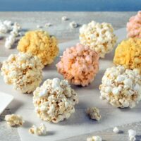Old-fashioned popcorn ball recipe (1950)