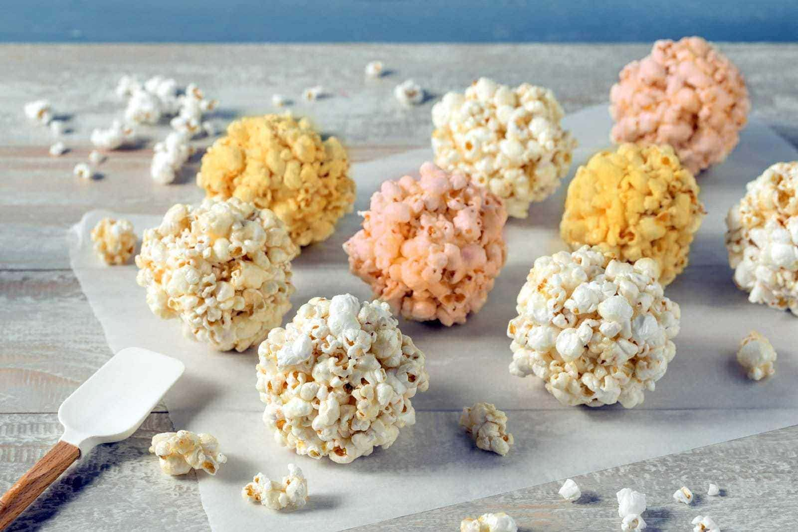 Popcorn balls - Vintage recipes