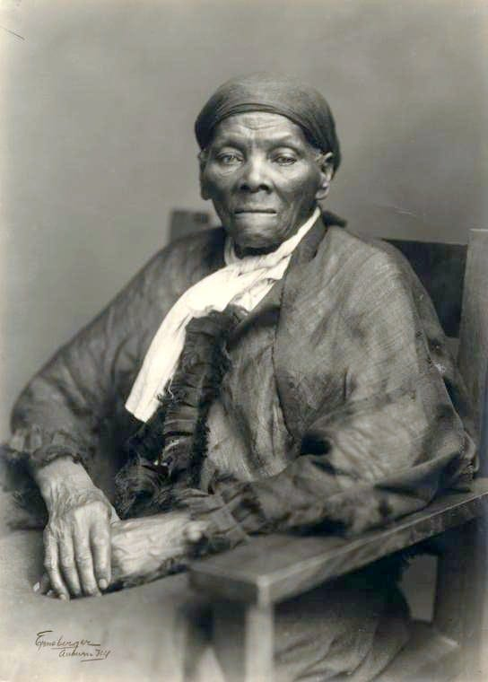 Portrait of Harriet Tubman (2)