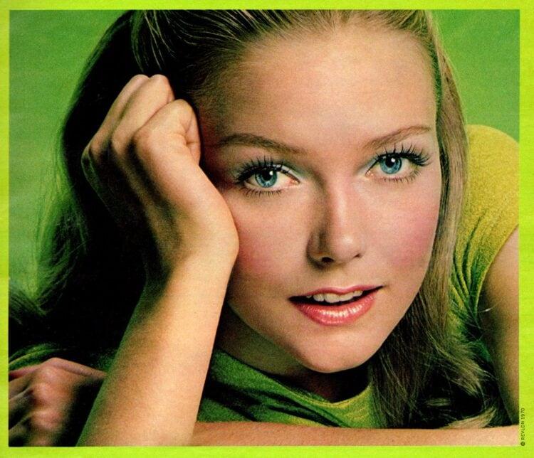 Pretty pastel retro eye makeup from 1970