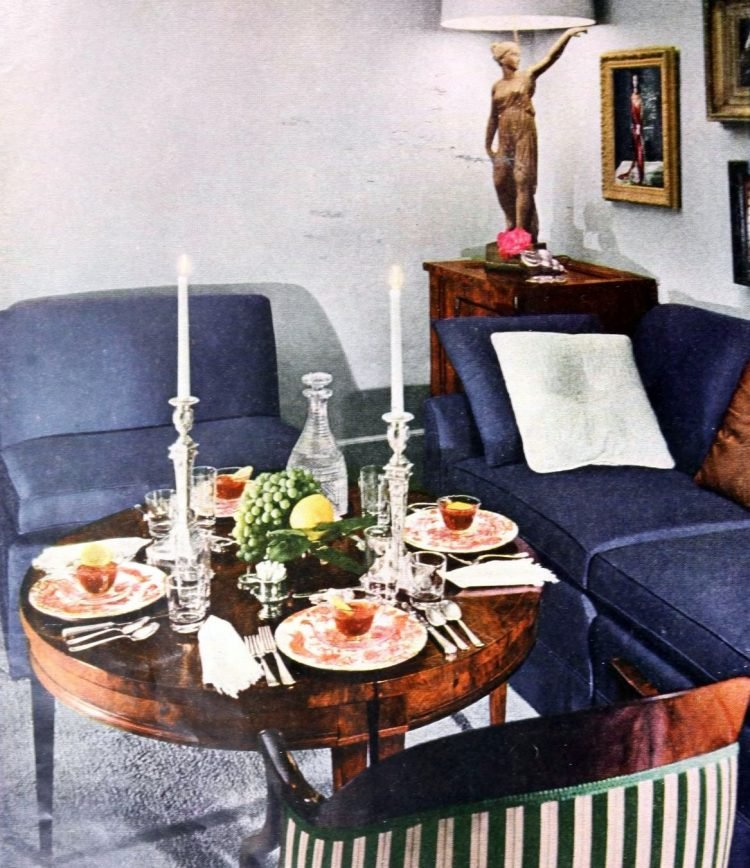 Pretty vintage dining table ideas from the 1950s (3)