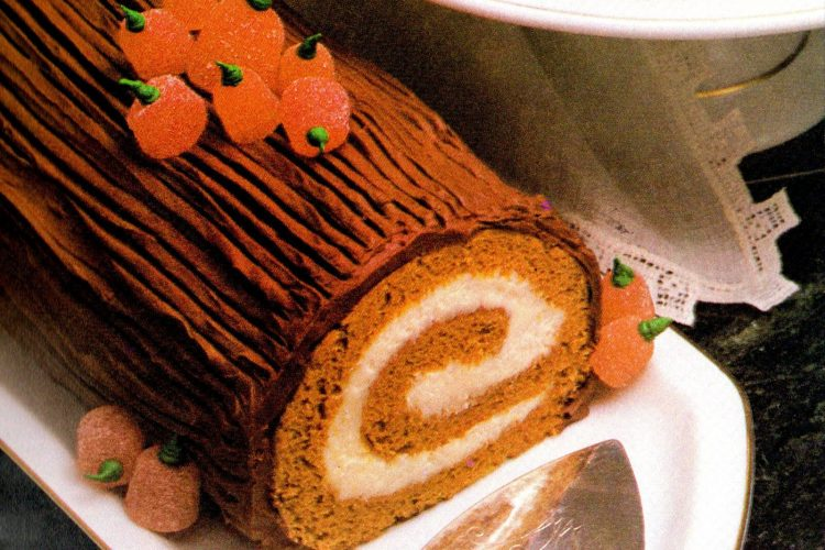Pumpkin cake roll recipe (1984)