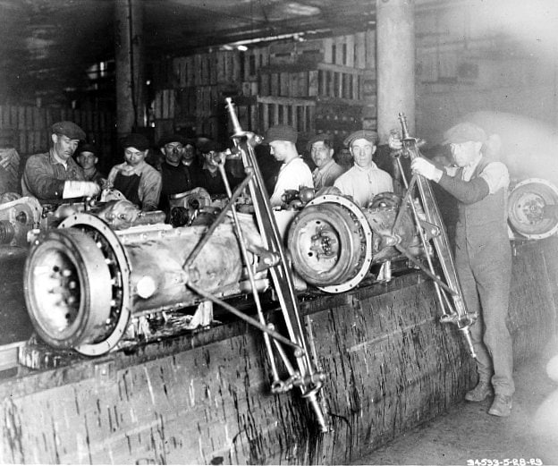 Putting on axles 1923