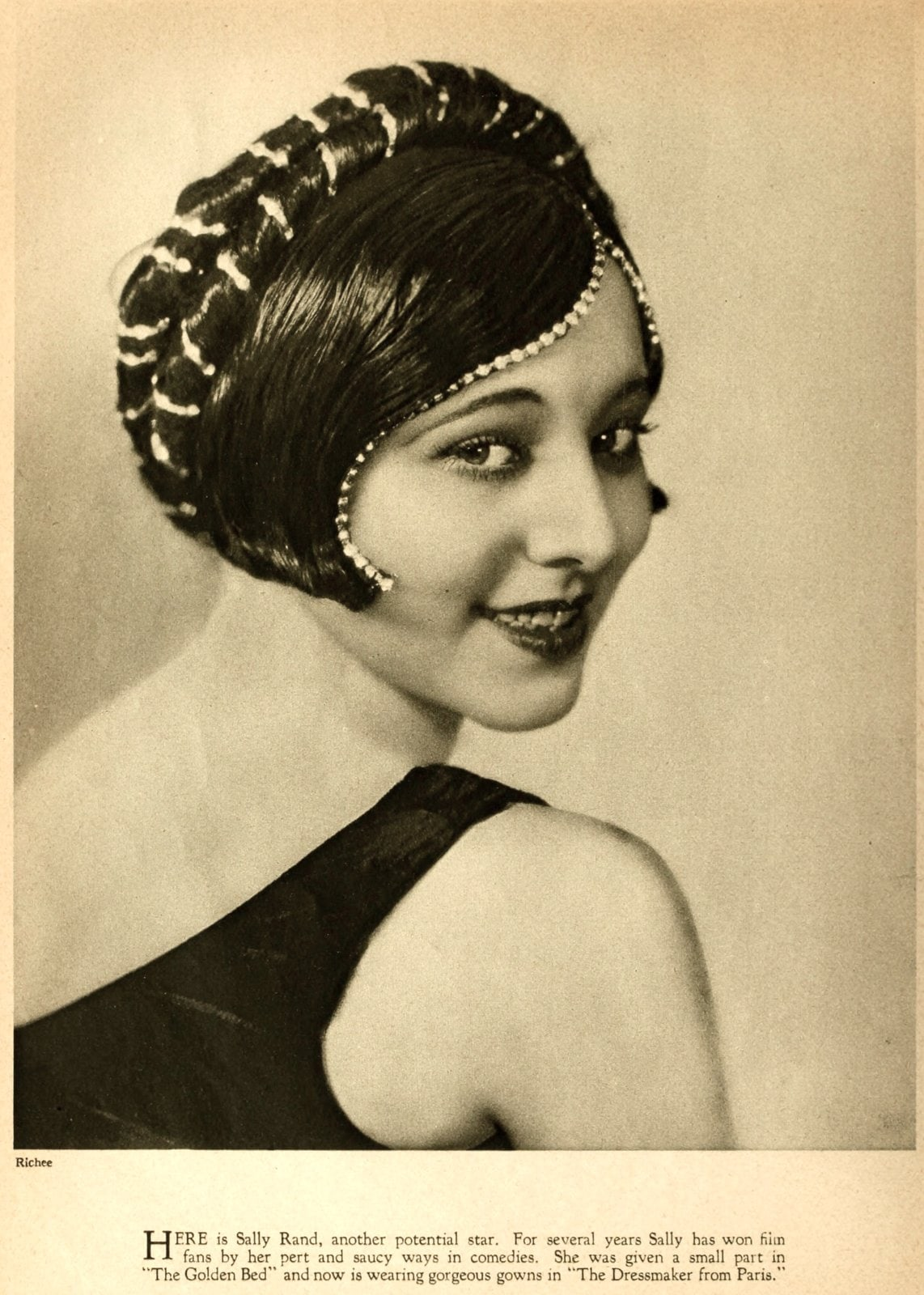 Real vintage 1920s hairstyles for women - actress Sally Rand
