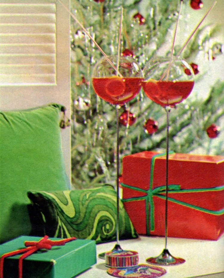 Red Christmas cocktails from 1968