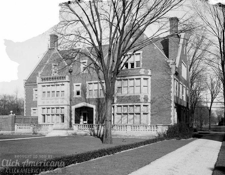 Residence of Mr. Dwight Cutler, Detroit, Michigan c1910