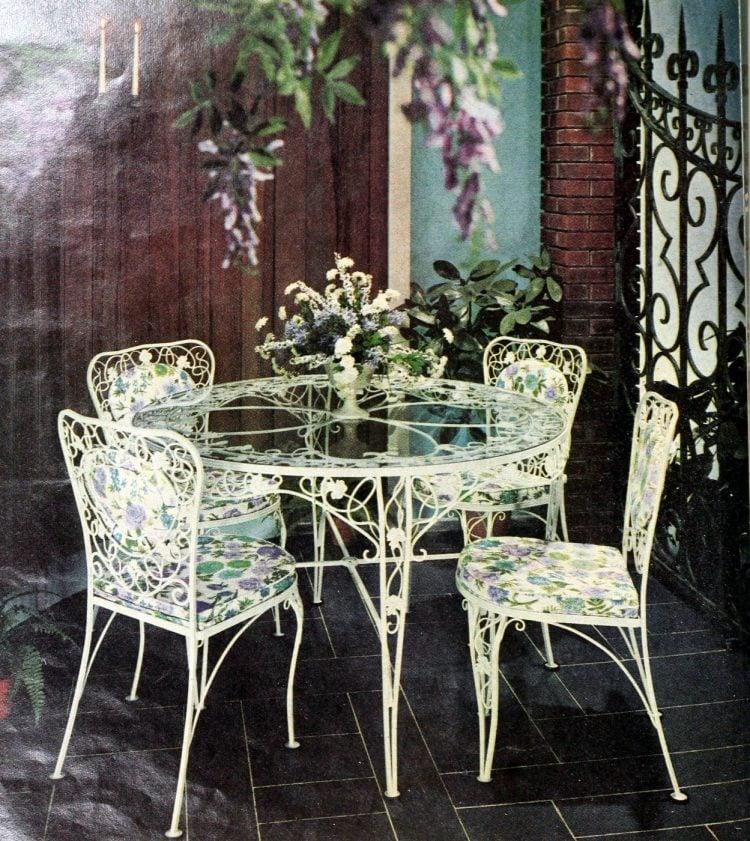 Retro 60s outdoor furniture (3)