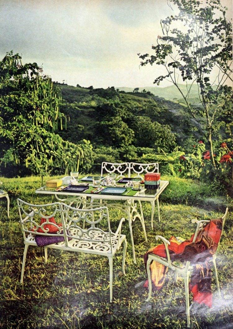 Retro 60s outdoor furniture (4)