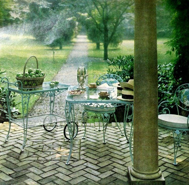 Retro 60s outdoor furniture (9)