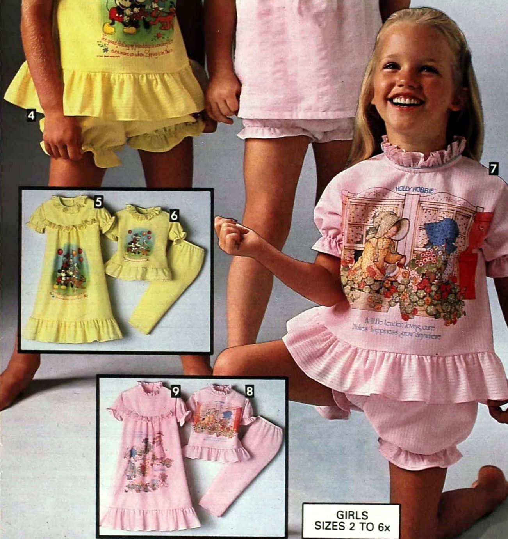 Hollie Hobbie dolls, nightgowns, and pajamas (1976)