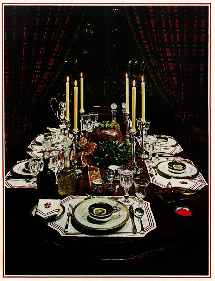 Retro Christmas home decor from the sixties (1)