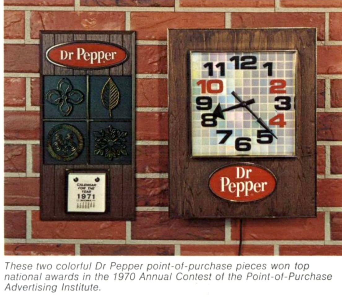 Retro Dr Pepper swag from 1971 - Calendar and clock