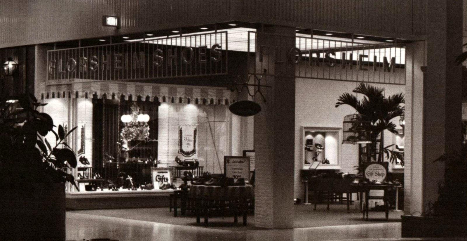 Retro Florsheim Shoes store (1963)