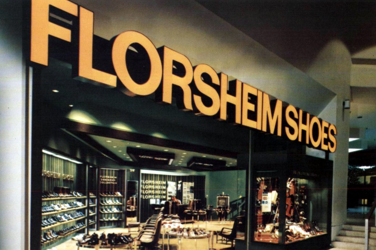 Retro Florsheim Shoes store at a mall (1973)