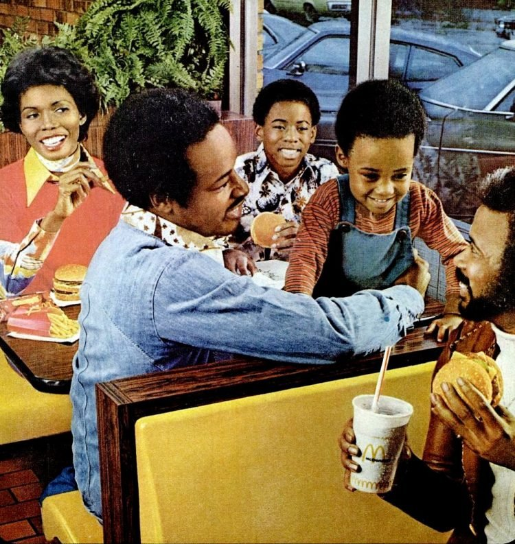 Retro McDonalds stores in the 70s (3)