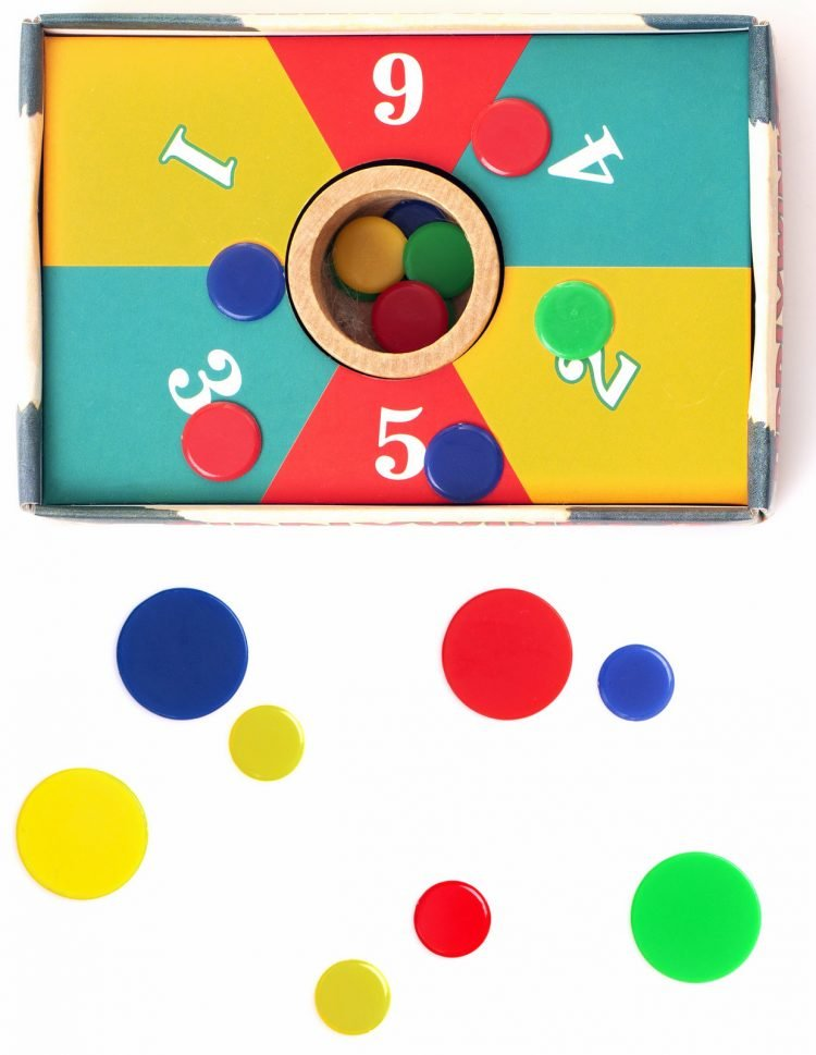 Retro Tiddly Winks game
