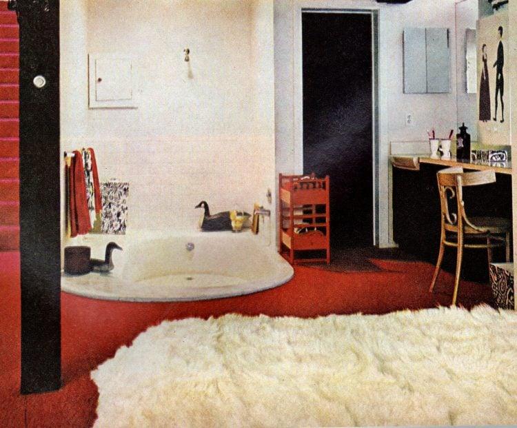 Retro bathroom decor from May 1968 (2)