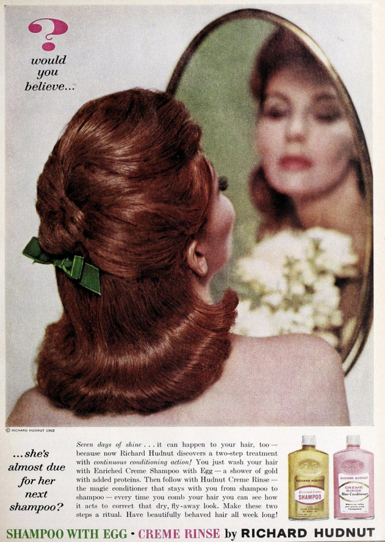 Retro hairstyle 1940s from the back
