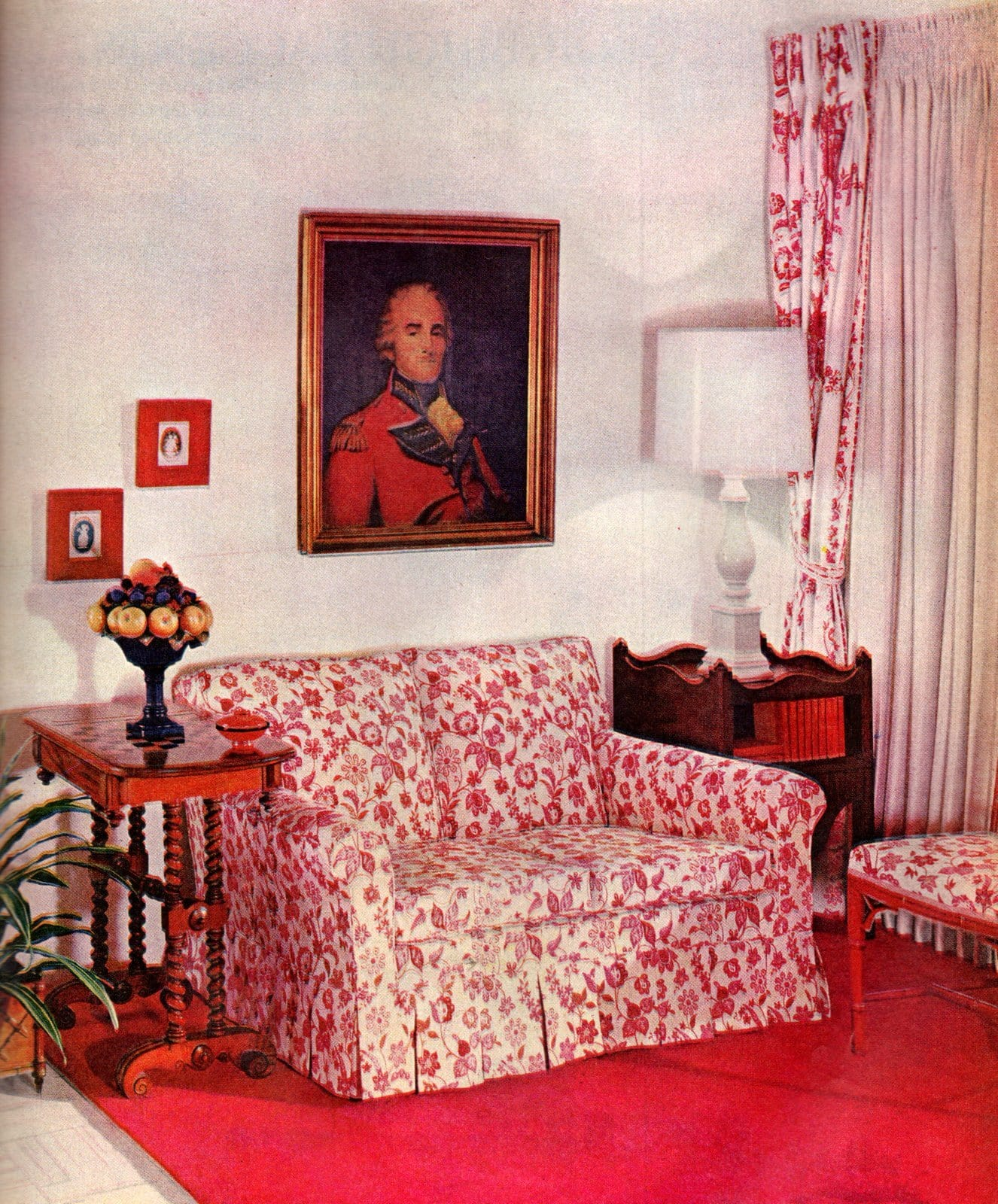 Retro home decorating - Use a single color boldly - Red (1)
