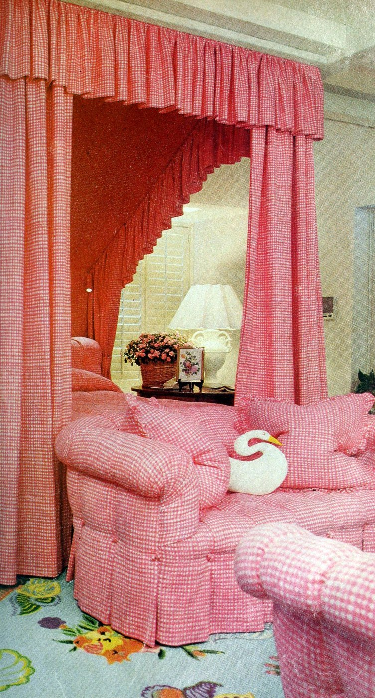 Retro pink canopy bed for a master bedroom