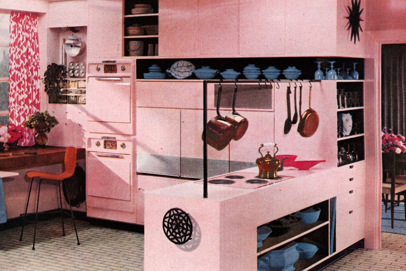 Retro Pink Kitchens 1950s Home Decor You Don T See Much Today Click Americana