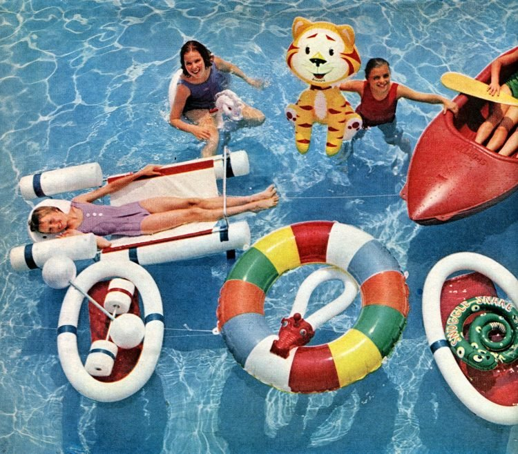 Retro pool toys Inflatable animals, rafts and more vintage water fun from 1961 (2)