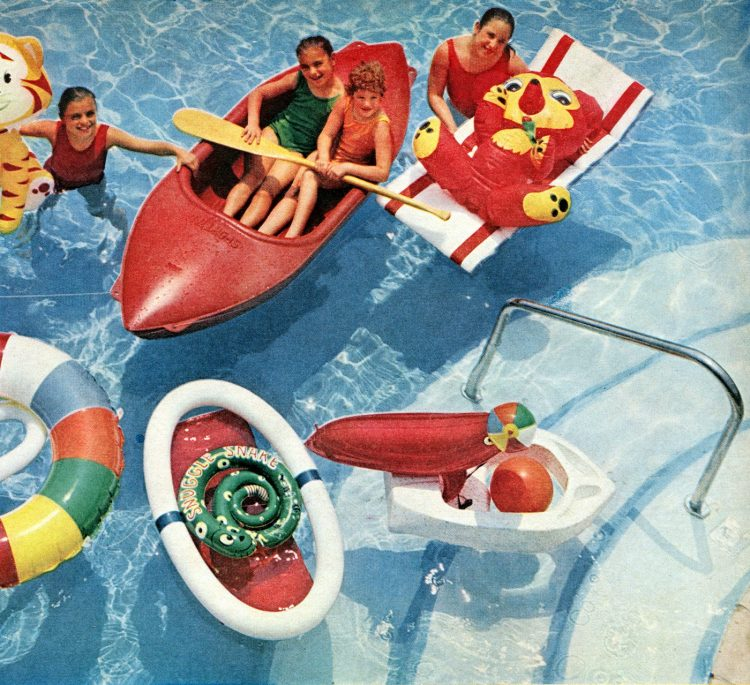 Retro pool toys Inflatable animals, rafts and more vintage water fun from 1961 (3)