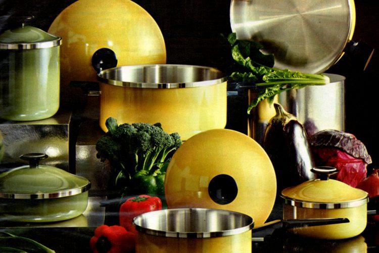 Retro pots & pans in the best '70s colors