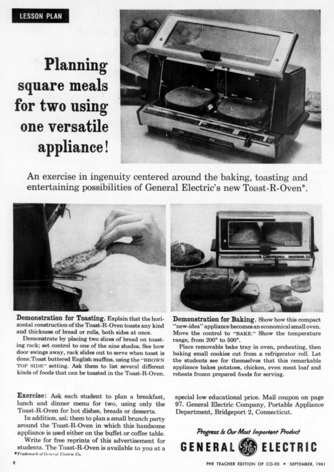 Retro-style Toaster oven from 1961