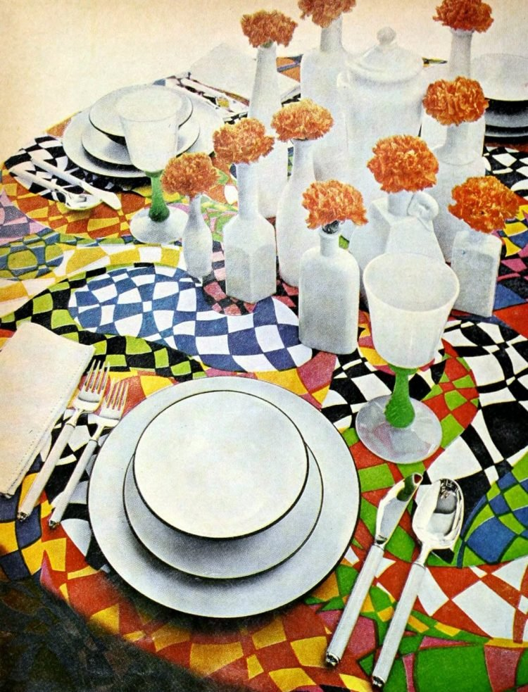 Retro table setting idea from the 60s - 1968 (14)