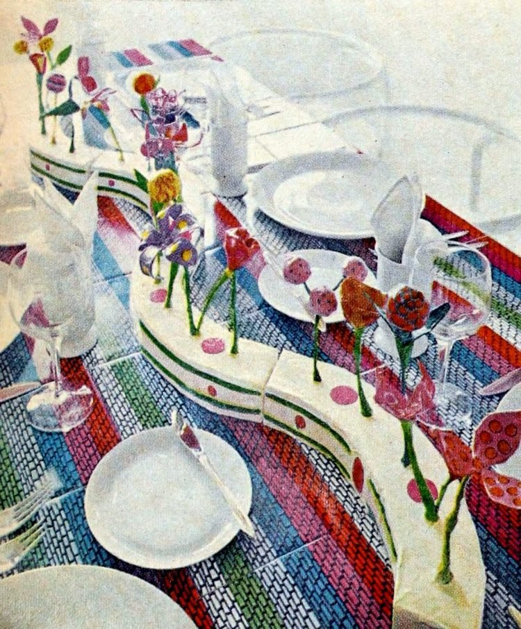 Retro table setting idea from the 60s - 1968 (22)