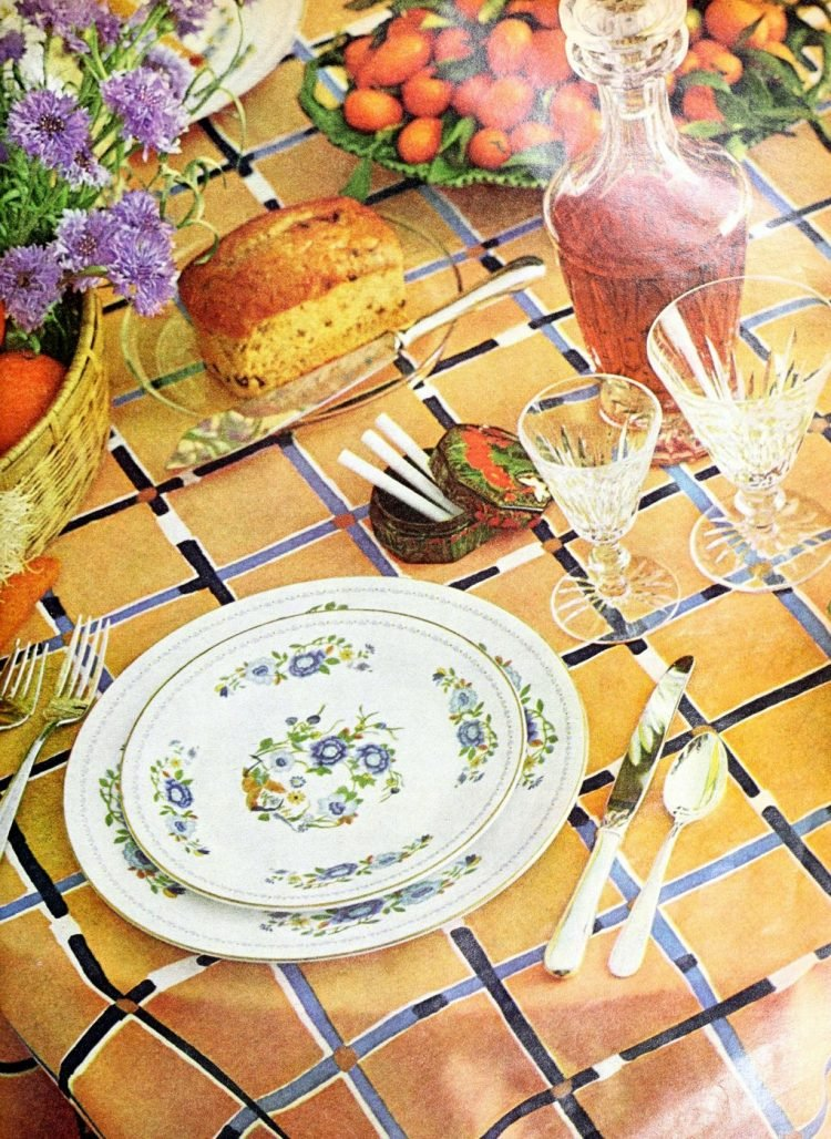 Retro table settings from 1977 (1)