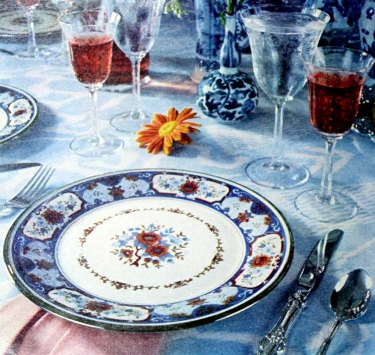 Retro table settings from 1977 (5)
