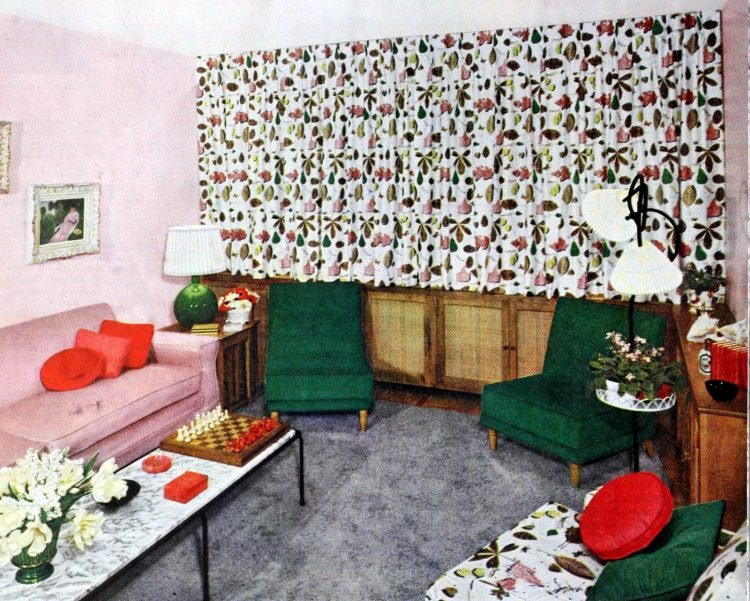 Retro window covering home style from 1953 (1)
