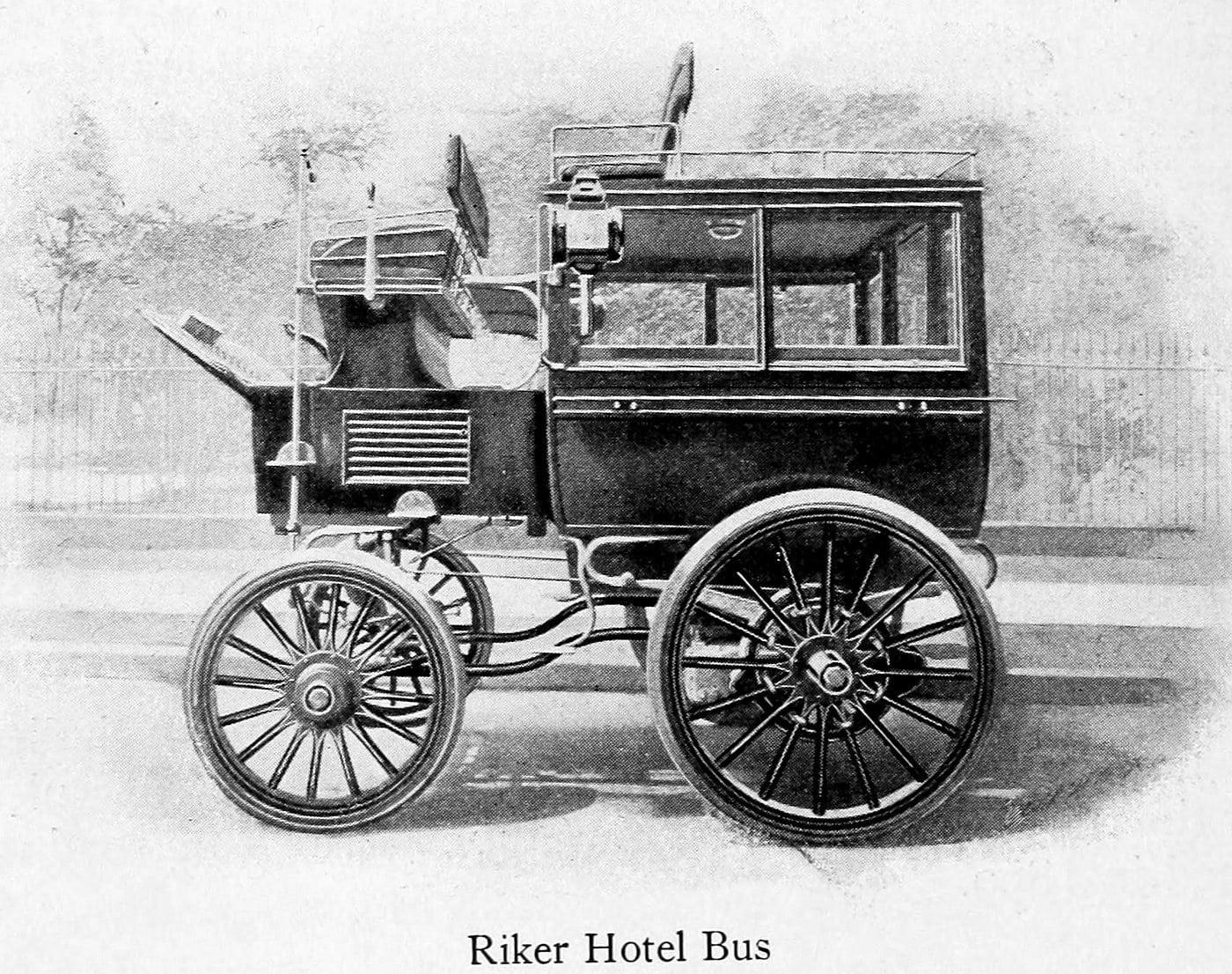 Riker Hotel Bus (1899)
