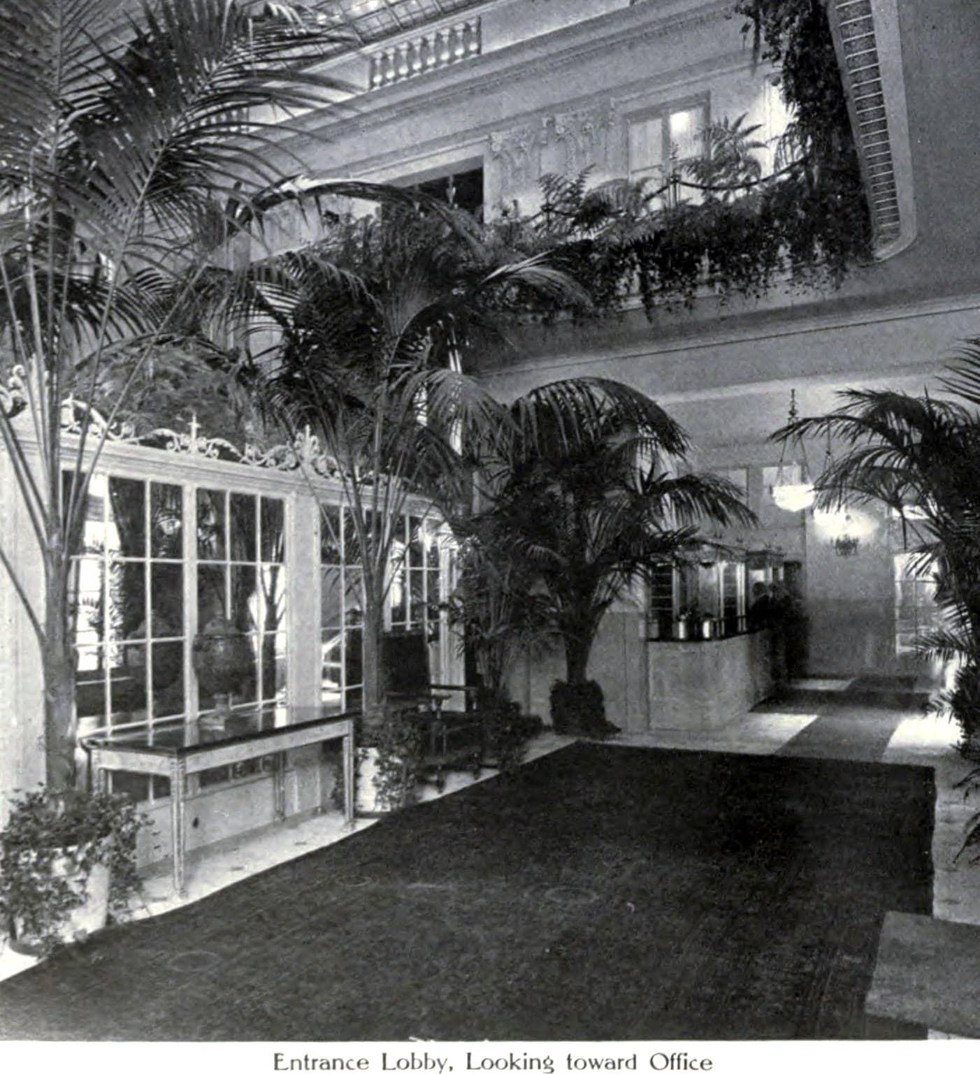Ritz-Carlton lobby (1913) - ClickAmericana com