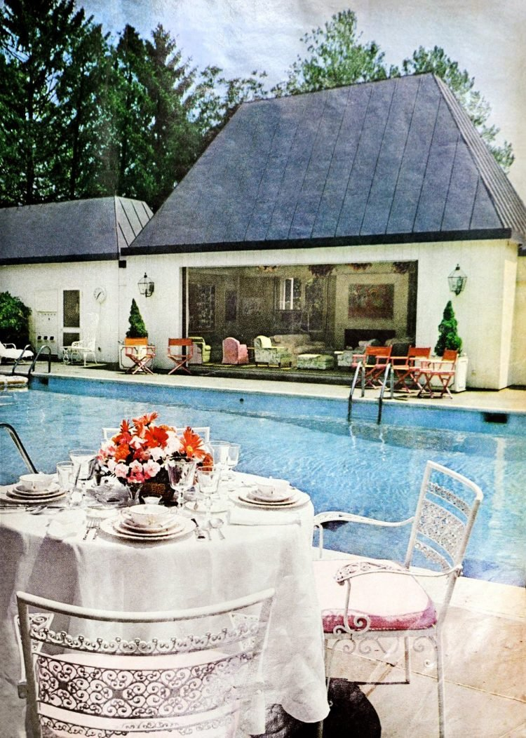 Robert Kennedy family swimming pool and poolside playhouse - home in 1970 (3)