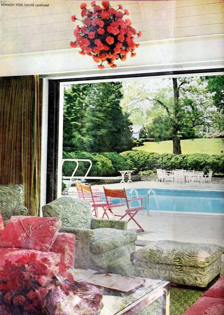 Robert Kennedy family swimming pool and poolside playhouse - home in 1970 (4)
