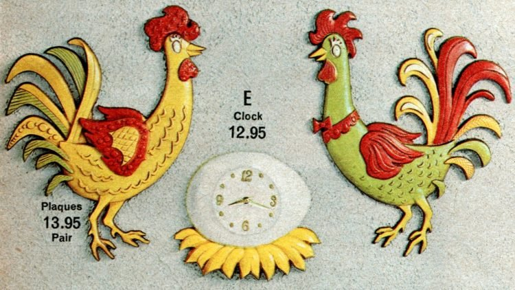Rooster kitchen decor and retro egg nest clock from the 70s