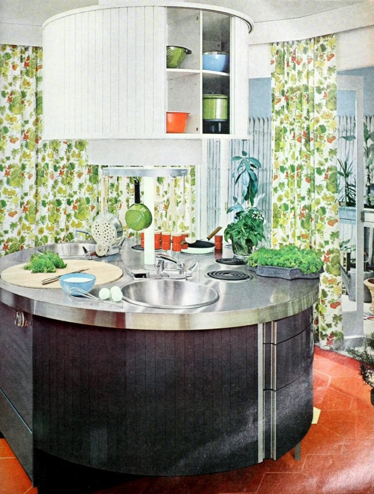 Round retro kitchen island from the 60s