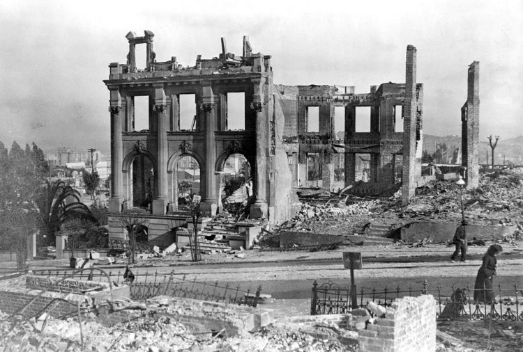 Ruins after San Francisco earthquake, 1906 Genthe