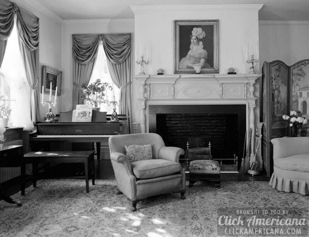 SECOND FLOOR, SITTINGROOM, VIEW OF FIREPLACE AND WINDOWS, SHOWING PROJECTING FIREPLACE, MANTELPIECE - Henry Miller House, Main Street, Oldwick, Hunterdon County, NJ