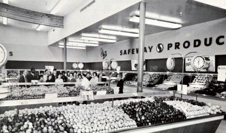 Safeway old grocery store - 1963 22