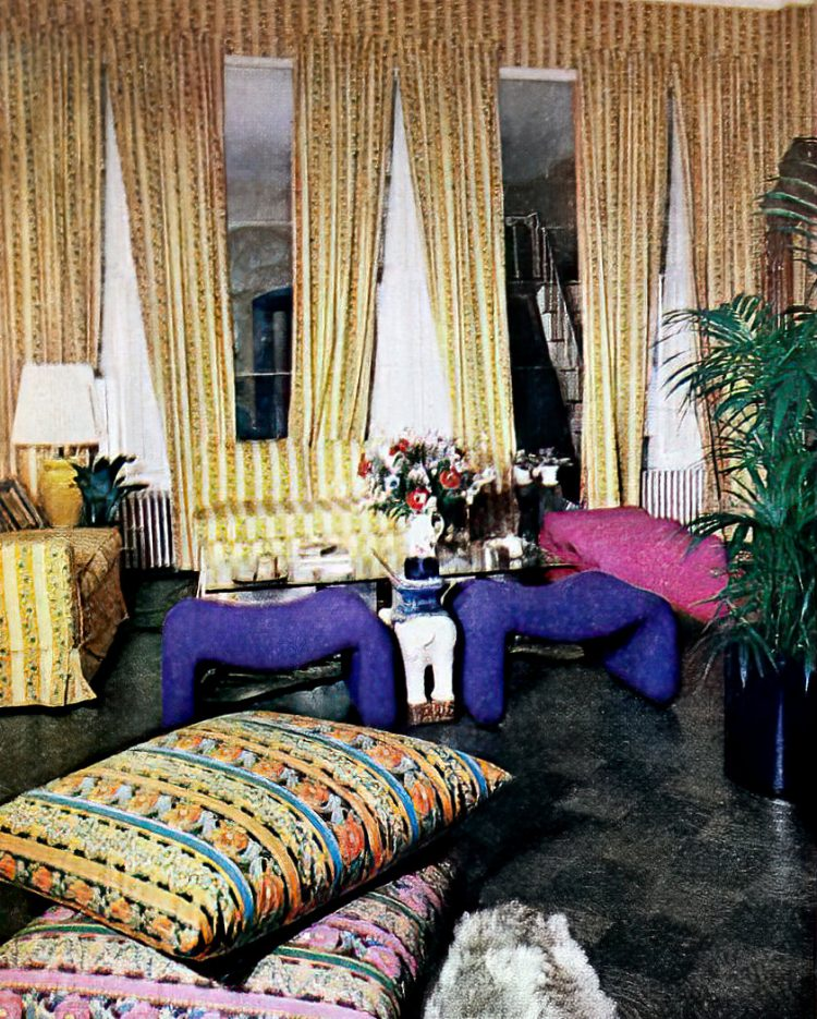 See inside Gloria Steinem's apartment home in 1970 (2)