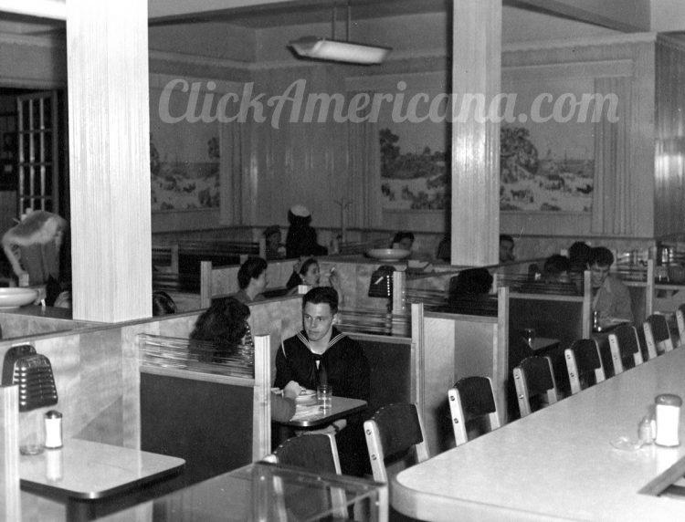 See inside a vintage diner 1940s (3)