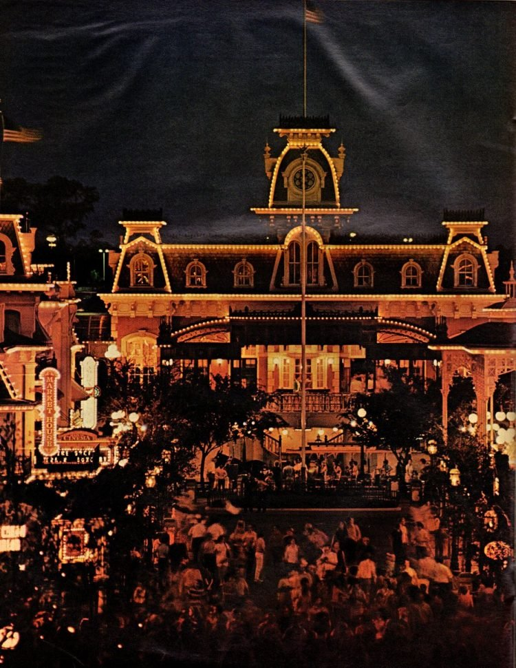 See what Disney World looked like when it first opened in 1971 - Vintage scenes (1)