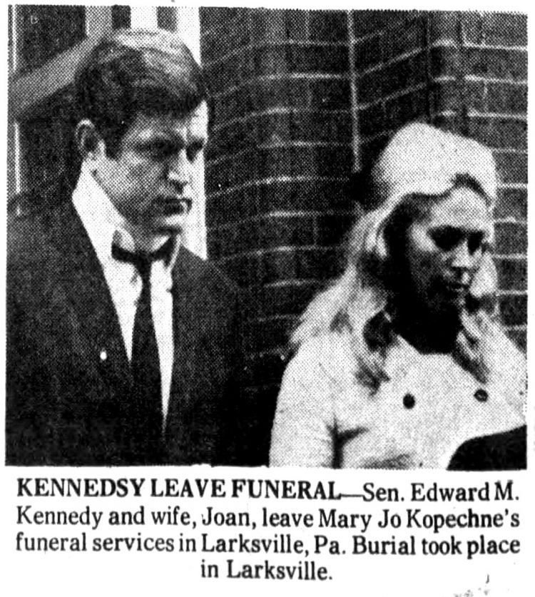 Sen. Edward M. Kennedy and wife, Joan, leave Mary Jo Kopechne's funeral services