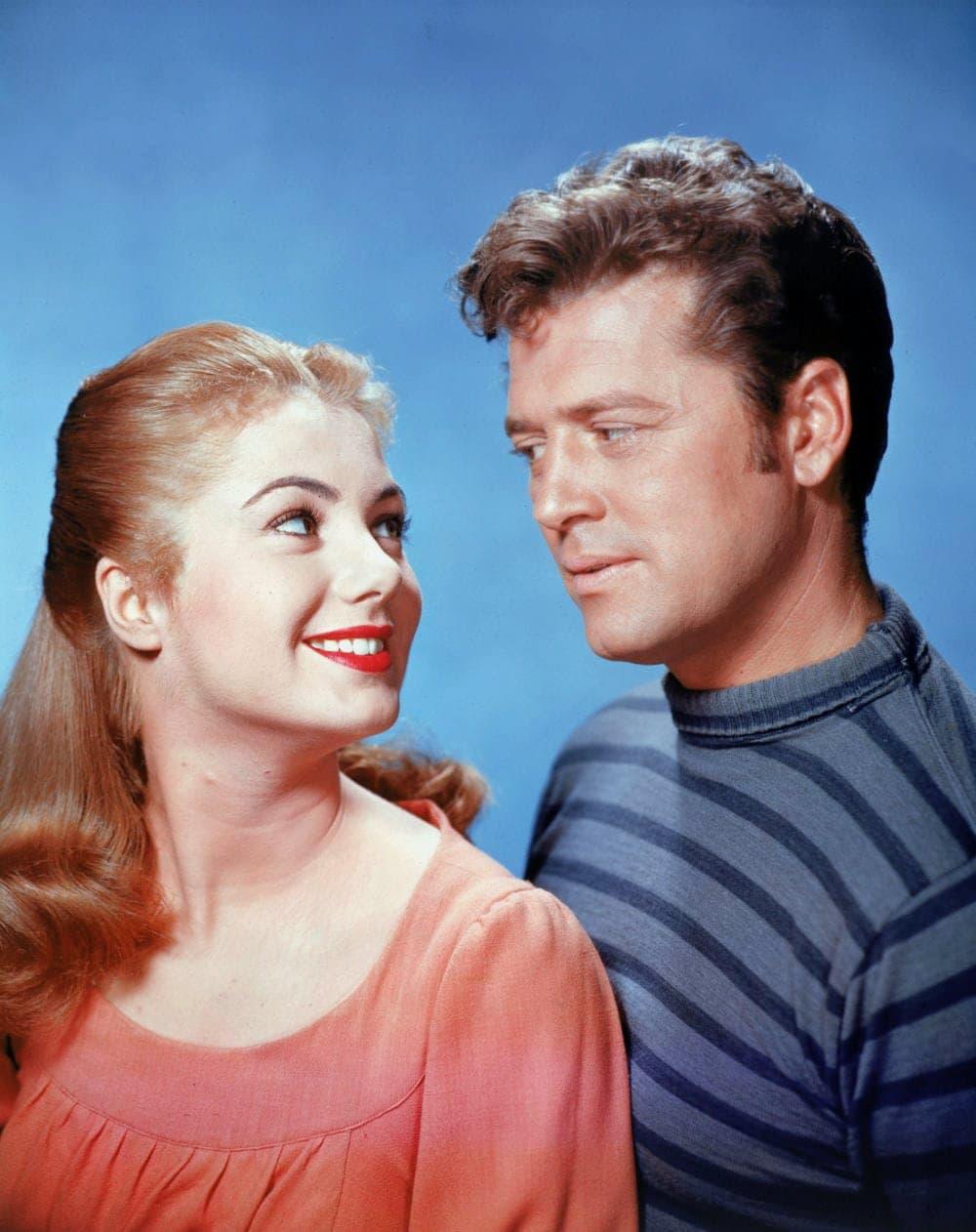 Shirley Jones and Gordon MacRae for the 1956 Carousel movie