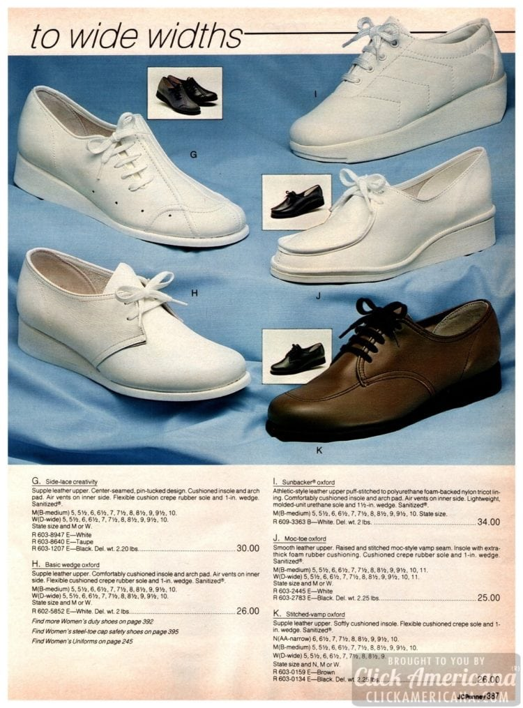 Retro Oxford-style nursing shoes - white leather-upper with flexible crepe rubber sole with wedge