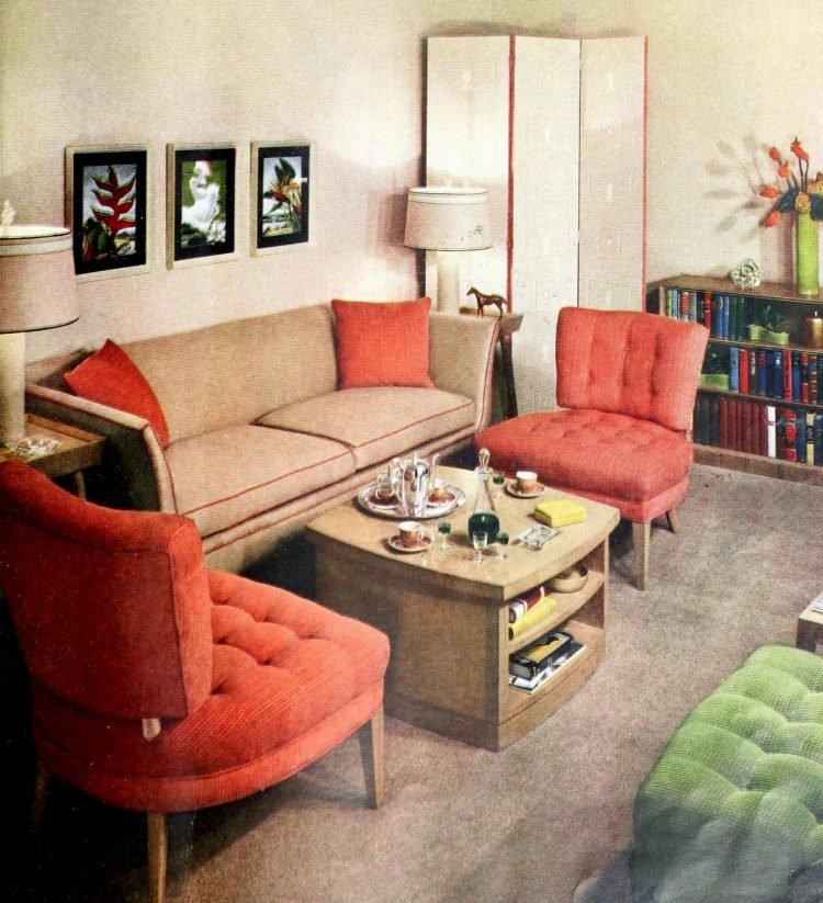 Small living room home decor from the 1940s (2)